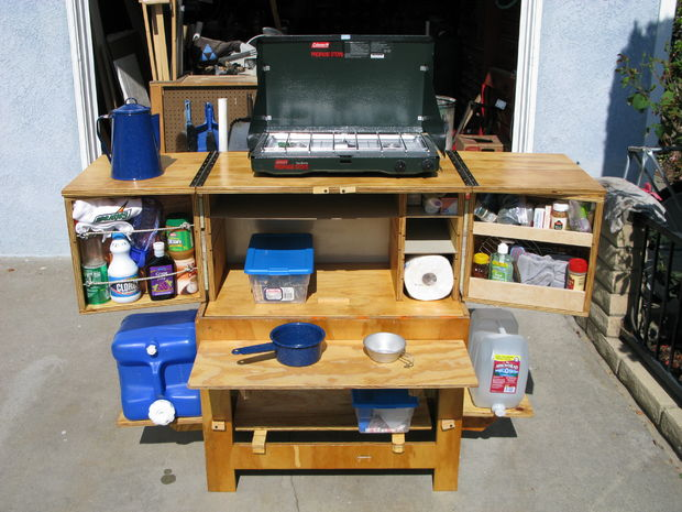 Diy camp kitchen chuck box the prepared page for Wooden camp kitchen designs