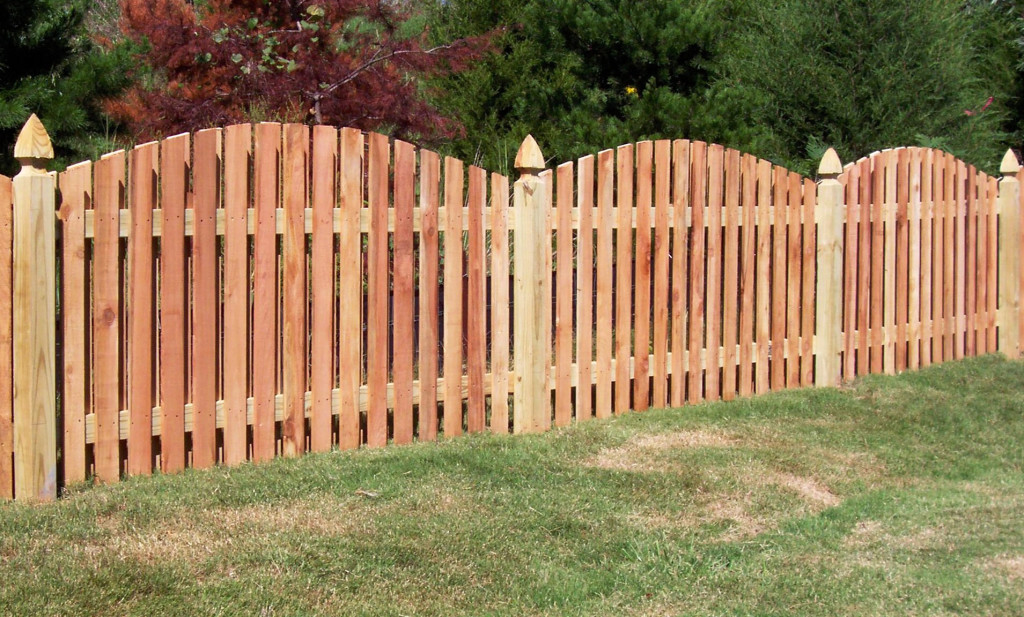 Does a Fence Work for Defense?